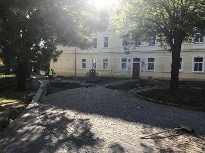 Komunikace Praha - Čakovice